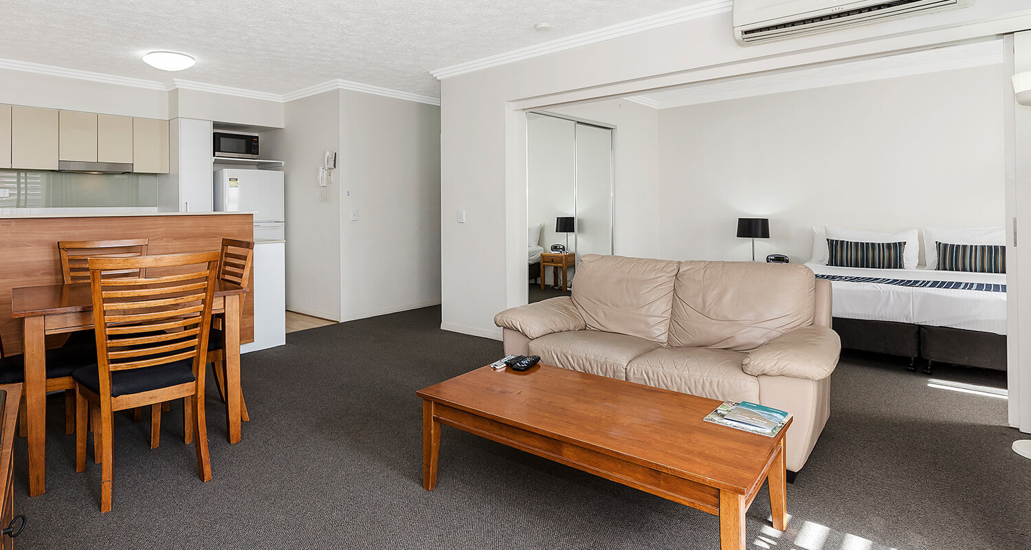 one-bedroom-accommodation-living | Gabba Central Apartments - Brisbane